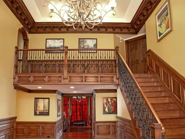 Cầu thang cổ điển
