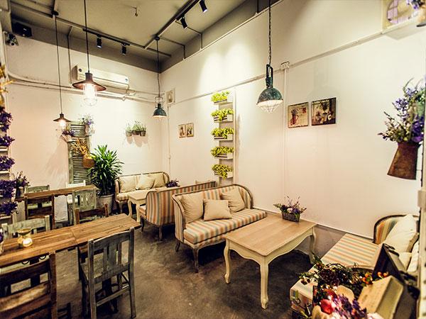 Nội thất quán cà phê phong cách xưa